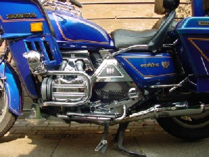 Zijkant GoldWing